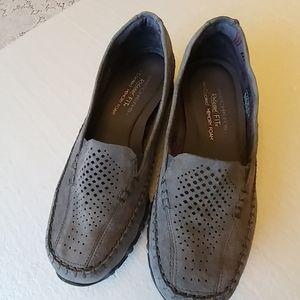 Skechers Loafer Size 7